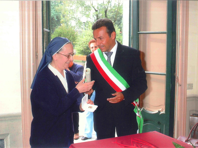 2004 Confalonieri Suor Giacomina