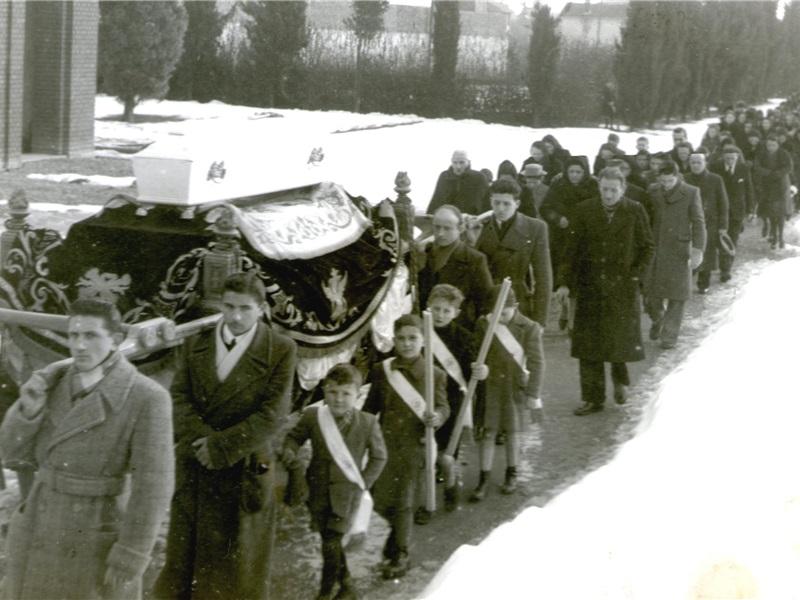 Funerali di Leonardo Bassani, febbraio 1945. Foto Albina Colombo