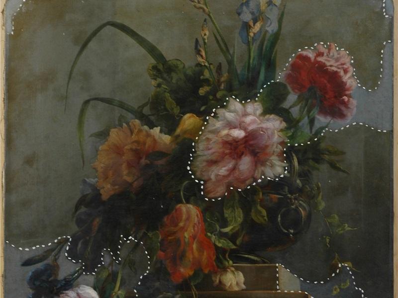 Vaso con peonie, tulipani e iris durante il restauro